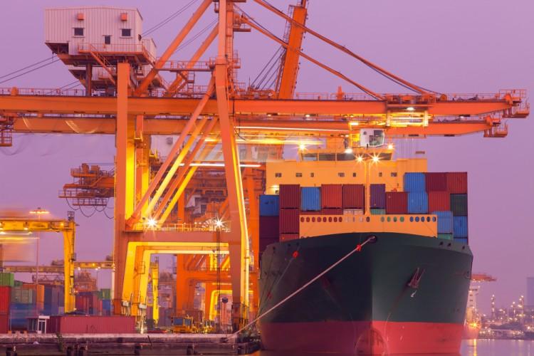 Ege'nin en büyük konteyner limanı İzmir'e yapılıyor!